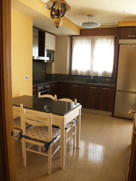 Promoci n pisos en villanueva de g llego zaragoza for Pisos para cocina