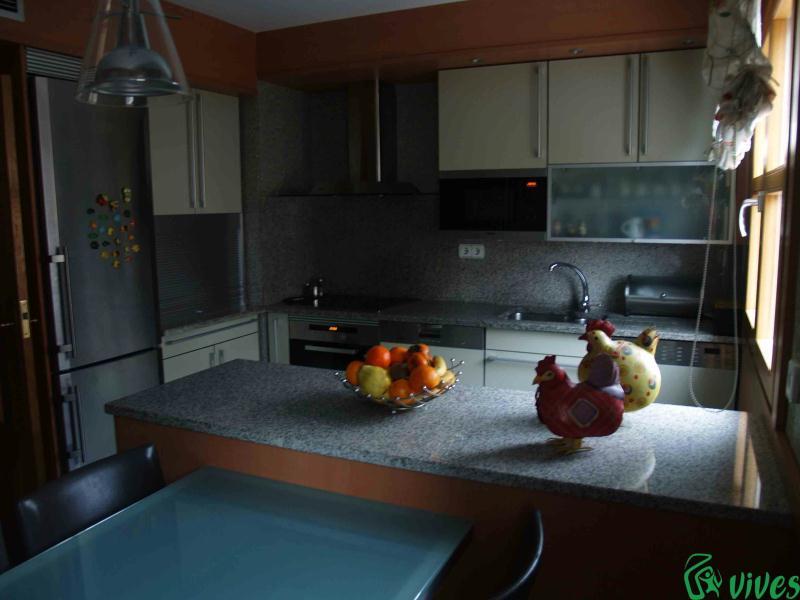 Reforma de cocina en piso situado en zaragoza espacios vives - Reformas en zaragoza ...