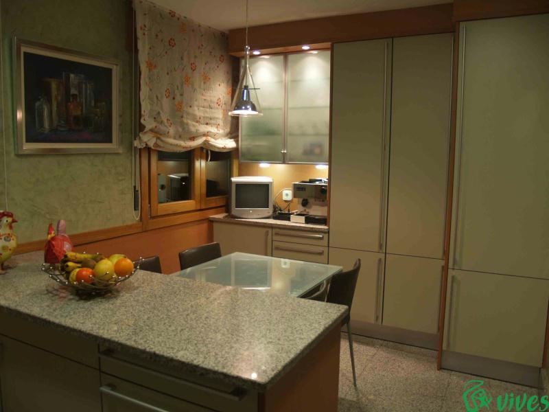 Reforma de cocina en piso situado en zaragoza espacios vives - Reformas de cocinas en zaragoza ...