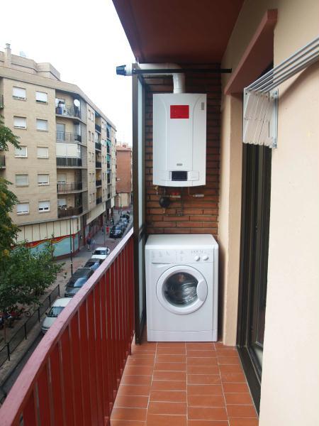 Piso en barrio delicias zaragoza alquilado espacios for Pisos 1 habitacion zaragoza