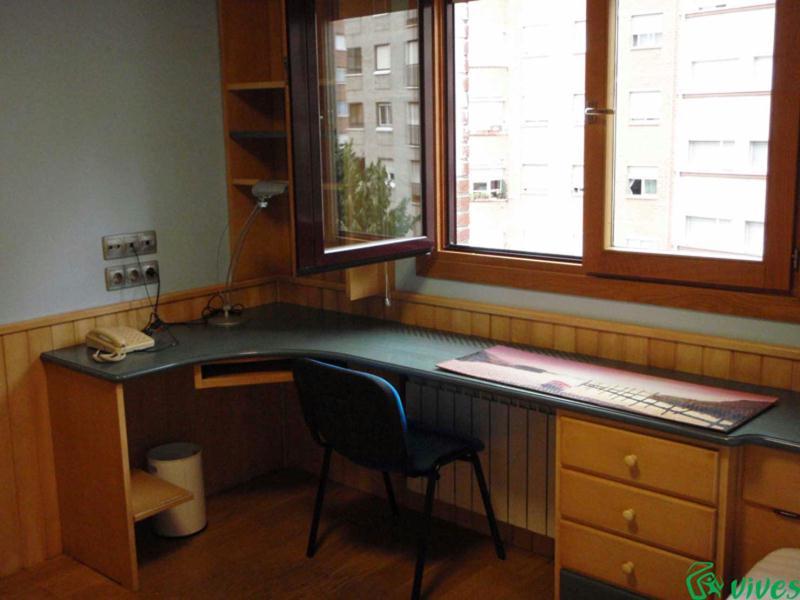 Piso de estudiantes alquilado en pamplona espacios vives - Alquiler apartamento pamplona ...